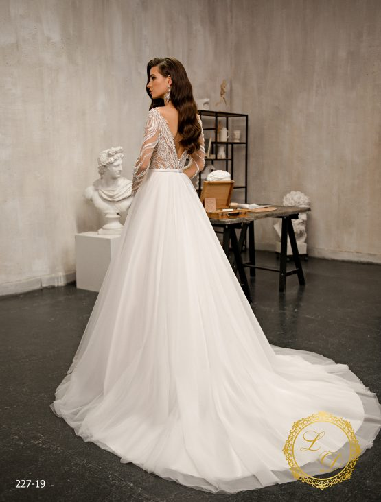 wedding-dress-227-19-3