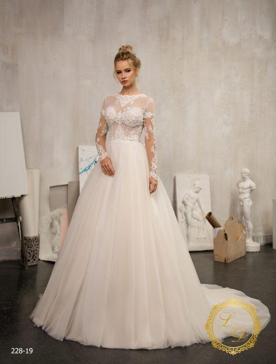 wedding-dress-228-19-1