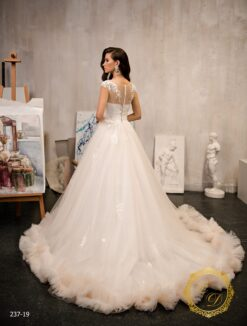 wedding-dress-237-19-3